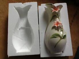 luxury beautiful vase(new)
