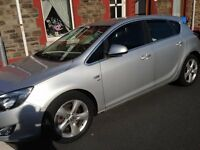 ONLY 39,000 MILES Vauxhall Astra 1.7 CDTI SRI diesel 2010 £30 year tax