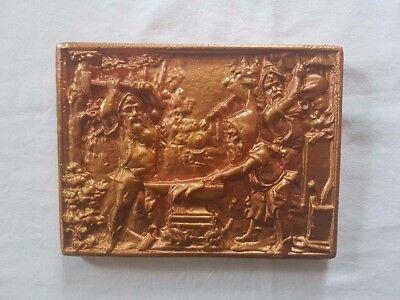 Neu Gips Relief Zwergen-schmiede 3D, in 4 Farben erhältlich, Größe ca 20x15x2cm
