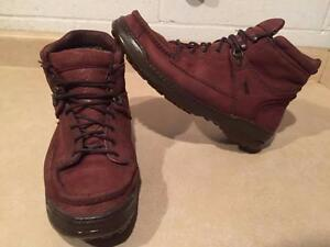 Men's Size 10W Rocky Gore-Tex Hiking Boots