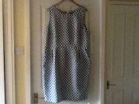 Ben de lisi for Principles blue white spotty dress tulip shape size 20