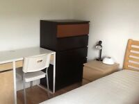 Furnished Double Room in Gay Friendly Flat SE11