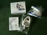New 2 in 1 Travel Iron & Garment Steamer - Ideal Christmas Present RRP £17.99