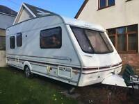 Swift Challenger 490 se 2001 5 berth caravan