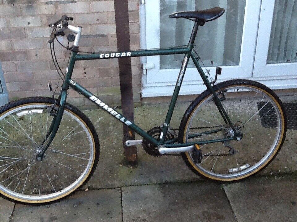 40 big bike like new26 wheel 24 frame 18 gears in mint condition an ...