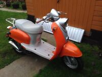 STYLISH 50cc CBT LEARNER READY SCOOTER MOPED - ONLY (( 89 MILES FROM NEW )) MAY SWAP P/X ??????????