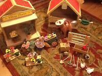 SYLVANIAN FAMILIES SETS, STABLE AND FLORIST £20 EACH