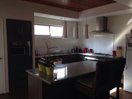 Double room in a 3x2 nice&warm house Doubleview Stirling Area Preview