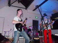 Guitarist/keyboardist available for session work or as band member