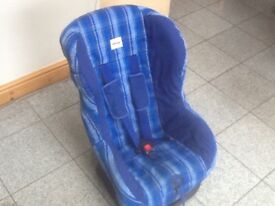 £20-Britax Eclipse group 1 car seat for 9kg upto 18kg(9mths to 4yrs)reclines,is washed and cleaned