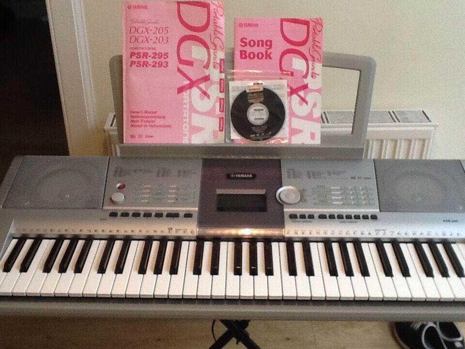 Yamaha psr 295 keyboard in corstorphine edinburgh gumtree for Yamaha clp 295