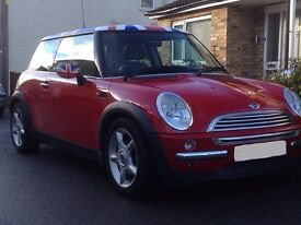 Mini Cooper - 12 months MOT - Less than 72,000 miles from new