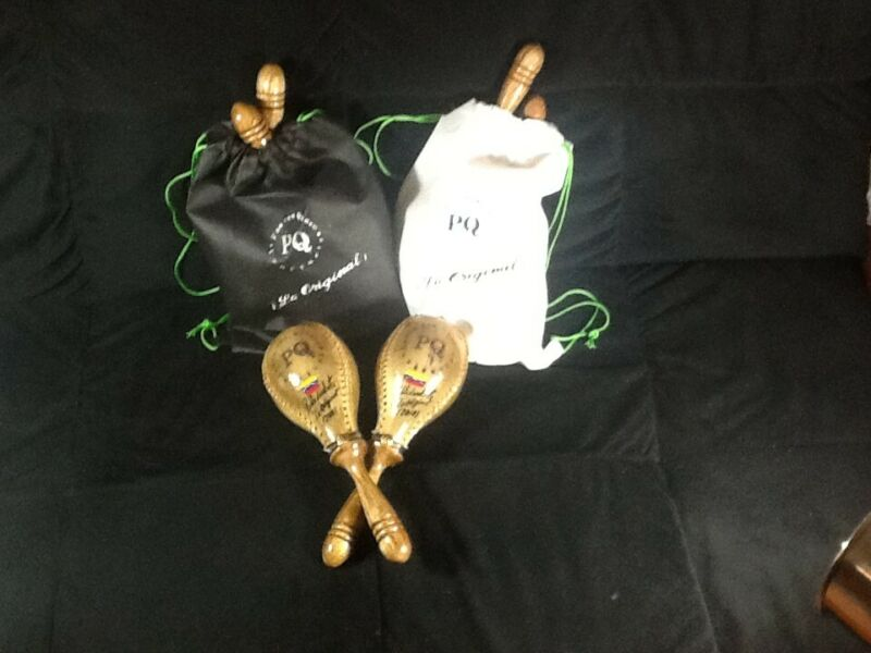 Maracas Salsa Pan con Queso latín venezuela instrumento percusión de piel