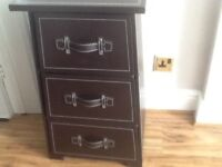 Neat set of drawers use as a lamp table bedside cabinet etc.