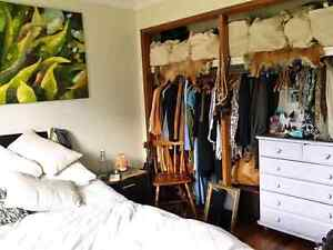 Room  for rent on Busway FEMALE Holland Park West Brisbane South West Preview