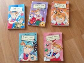 Enid blyton Amelia Jane books five in total