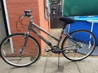 "Ladies Mongoose 28"" Wheel Lightweight Hybrid/Road/Town bike"