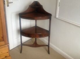 Pretty Mahogany corner unit suitable for sitting room or dining room very good condition
