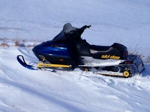 99 ski Doo summit