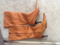 Tan boots size 7 ravel pointed toes worn