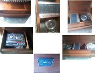 BEAUTIFUL VINTAGE RECORD PLAYER AND TAPE PLAYER IN SOLID WOOD CABINET HIS MASTERS VOICE GREAT SOUND