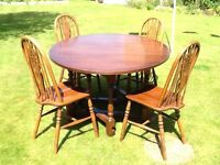 Old Charm table with four chairs