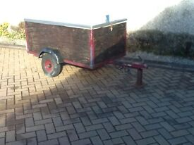 Garden trailer 5ft x 3ft complete with internal liner and lid
