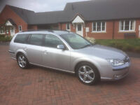 56 plate ford mondeo 2-2tdci 6 speed titanium estate 107,000 miles full service history (10 stamps )