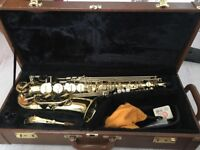 used but in very good condition Trevor James alto saxophone with case, neck strap and stand included