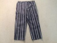 LADIES CROP TROUSERS FROM M & S SIZE 10