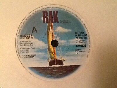 """SMOKIE . LAY BACK IN THE ARMS OF SOMEONE  . 1979  7"""" vinyl single . MINT"""