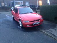 Wanted ford Escort mk5 mk6 + Ford Focus st170 + 2.0 and sportka 's