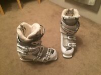 Ladies Ski Boots - Size 5/6