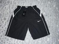boys short Nike , 128-140cm , 8-10 YRS