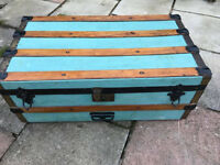 Wooden banded vintage trunk with inner tray, 76 x 42 x 32 cm tall, Viewing Welcome