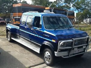FORD CENTURION - STYLE, COMFORT, AND PULLING POWER Rainbow Beach Gympie Area Preview