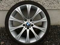 19INCH 5/120 BMW ALLOY WHEELS WITH WIDER REARS,FRONTS 8.5INCH WIDE & REARS 9.5 & TYRES FIT 5 SERIES