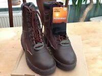 Men's brown leather Alpha military boots size 9 brand new