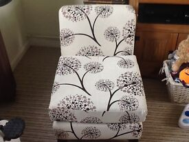 Pretty chair, great condition,
