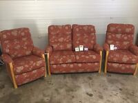 REDUCE PRICE-2 SEATER SOFA PLUS 2 ARM CHAIRS- EXCELLENT CONDITION