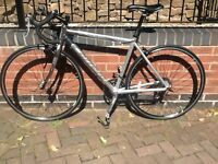 Carrera Valour Road Bike *Excellent condition/New parts*