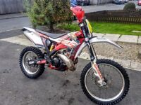 2012 GAS GAS EC300 2 STROKE 300CC, FULLY ROAD REGISTERED WITH MOT, LIKE KTM EXC, WRF, CRF, SXF