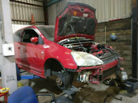 Breaking Honda civic Ep3 Type r Facelift silver Pre facelift red&silver