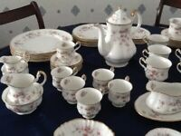 Paragon Bone China Victoriana Rose Dinner Service Great Collection