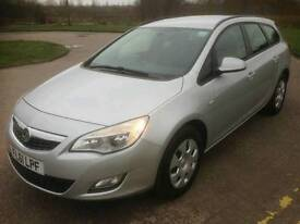2011 Vauxhall Astra Estate 1 owner 1.7