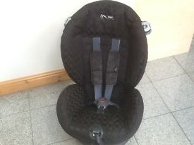 Award winning Mamas and Papas group 1 car seat for 9kg upto 18kg(9mths to 4yrs)-excellent condition