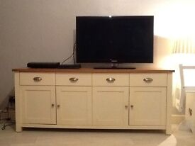 4 door Tv Cabinet for sale only - London E2