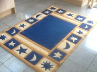 Polypropylene carpet rug 170cm x120cm-superb quality,excellent condition,vacuumed and cleaned