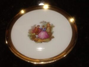 Cake plate with  six dessert plates