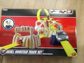 Skull mountain Track Set